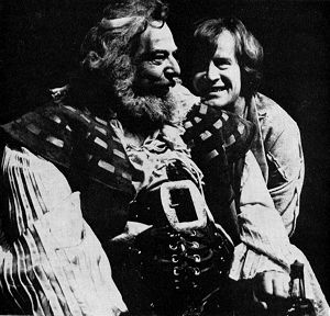 Brewster Mason as Falstaff and Alan Howard as Hal