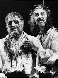 Denis Quilley as Gloucester and Alan Howard as Lear, Old Vic 1997